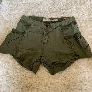 Zara olive green Bermuda shorts size 04